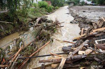 нижние серги потоп жители отрезаны от мира