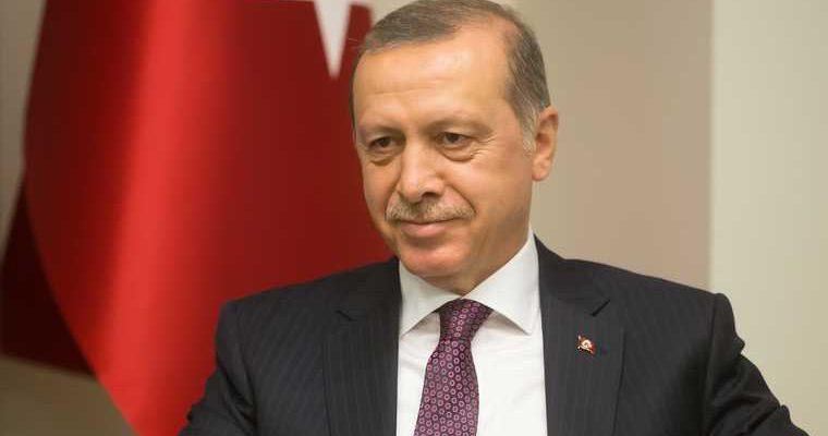 Эрдоган бойкотирует Францию