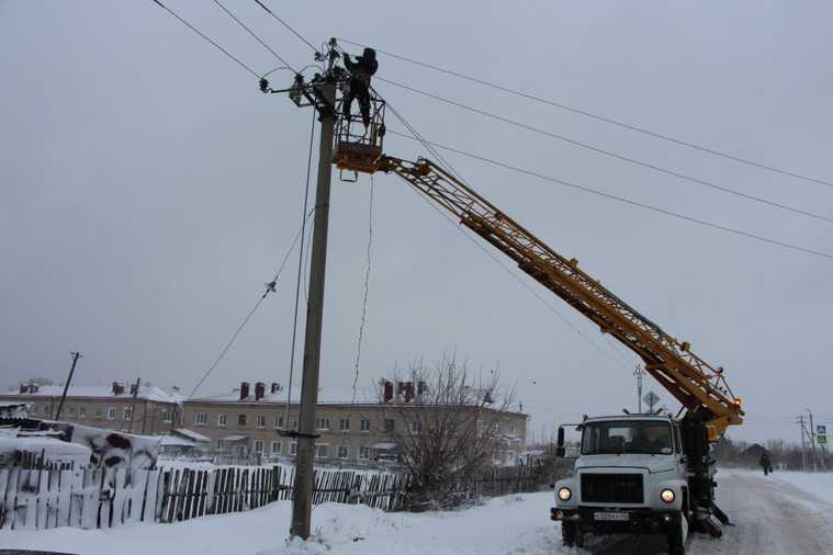 В Курганской области новые отключения света из-за урагана