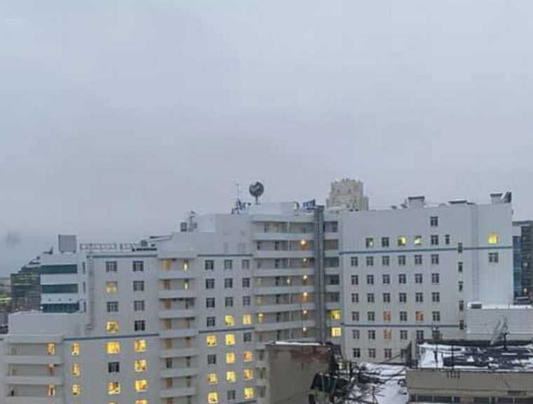 На здании Сбербанка в Екатеринбурге сменили «зеленое око». Фото